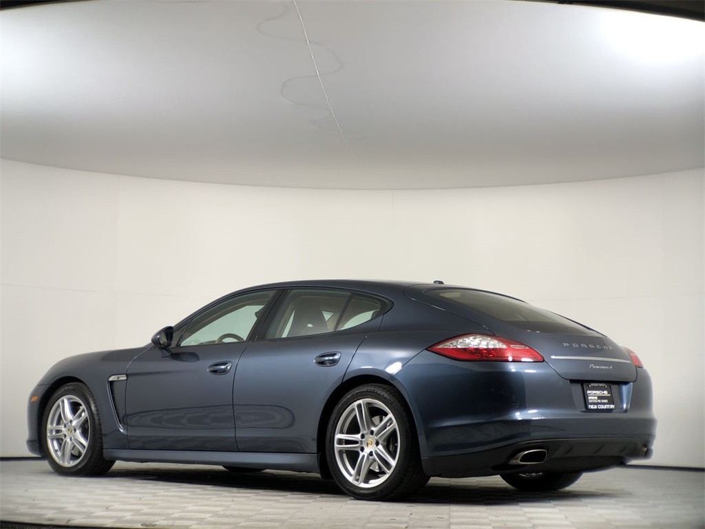 Certified Pre-Owned 2012 Porsche Panamera 4